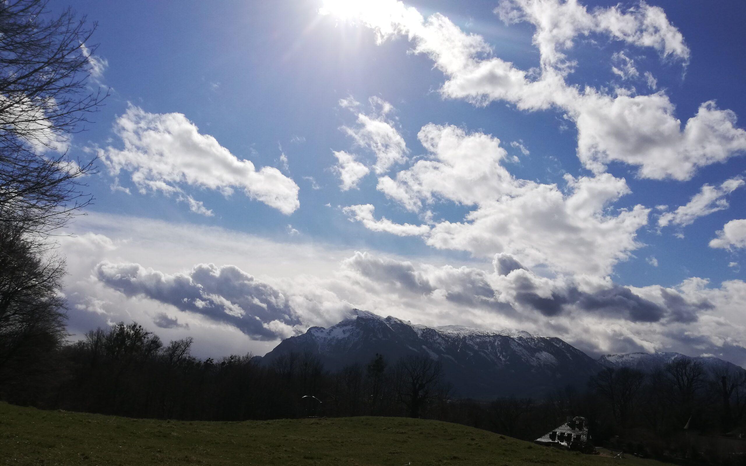 Himmel über Salzburg Untersberg Berchtesgarden Bayern